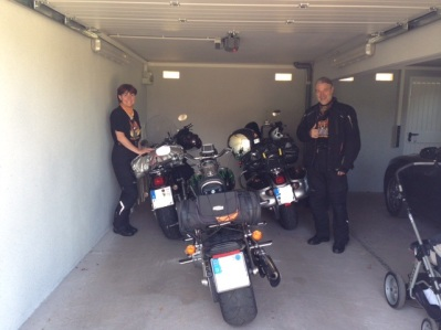 Garagen Moto